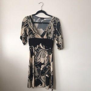 beautiful cream& black paisley silky dress- S